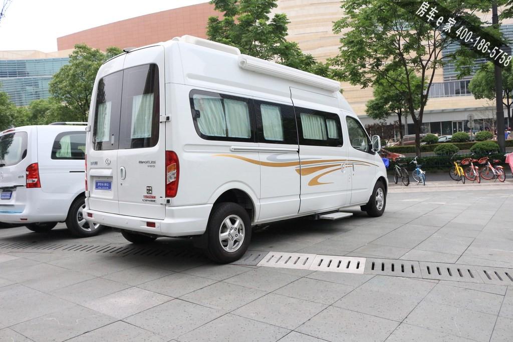 新旅程心享受 自动档柴油大通旅居房车